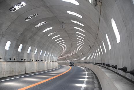東京電設サービス(TDS)の「トンネル・煙突」に関するサービス